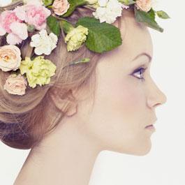 Perché pigmentary nota su una faccia a donne